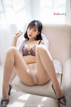 [秀人网XiuRen] N01947 短发文静内衣模特陈小喵诱人情趣护士装福利喷血商务私房 60P
