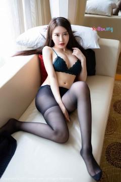 [秀人网XiuRen] N02470 娇嫩丰满大胸尤物玉兔miki火辣黑丝内衣风情魅力私房 29P
