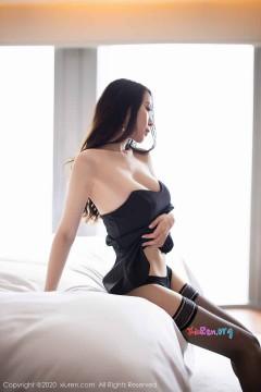 [秀人网XiuRen] N02535 极品奔放美魔女梦心月室内香艳热辣人体内衣写真 107P